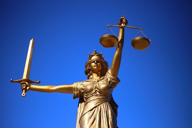 justice-2060093_640